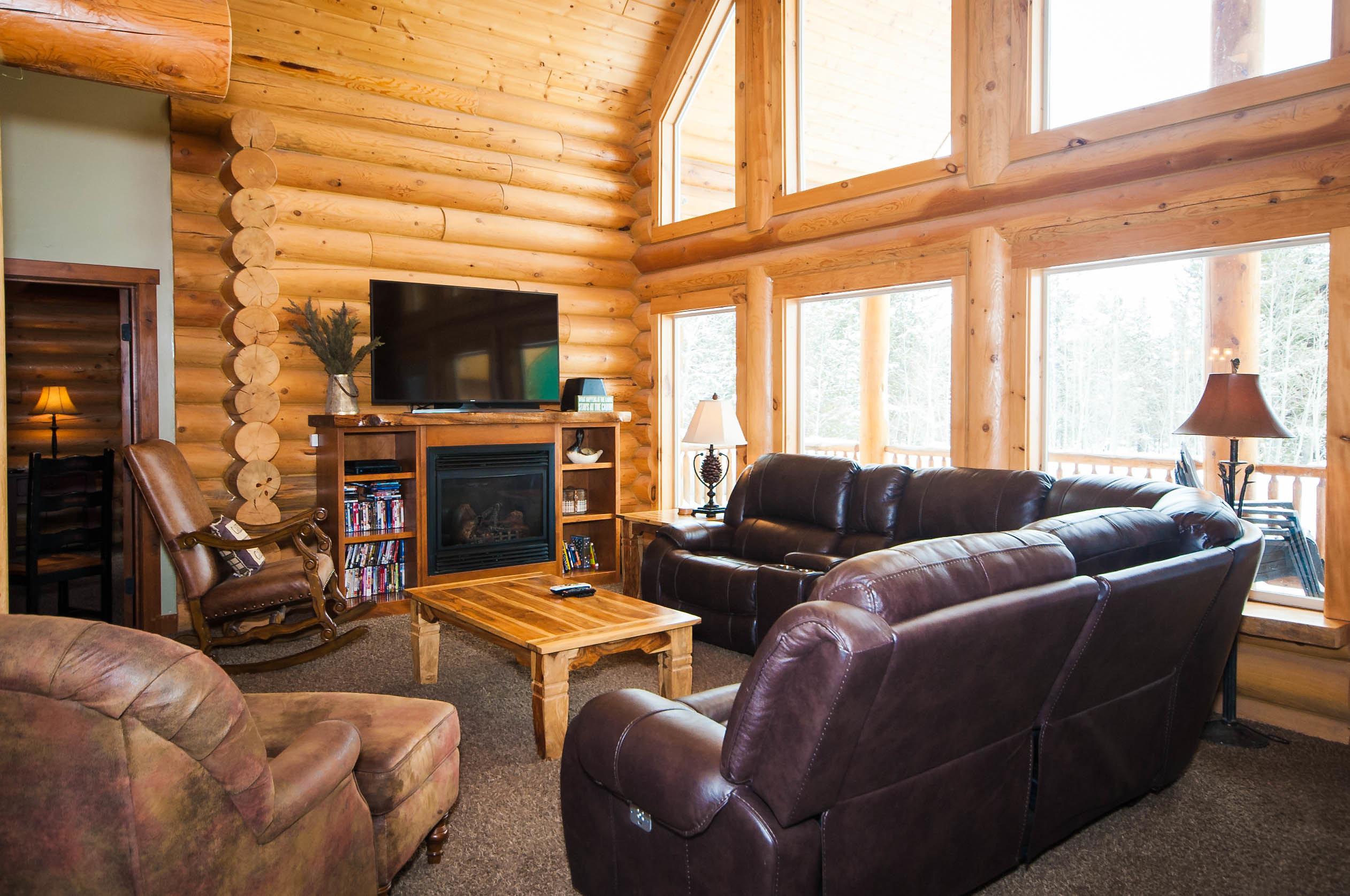 2. C67 Living Room