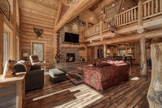 3. 18 living room2