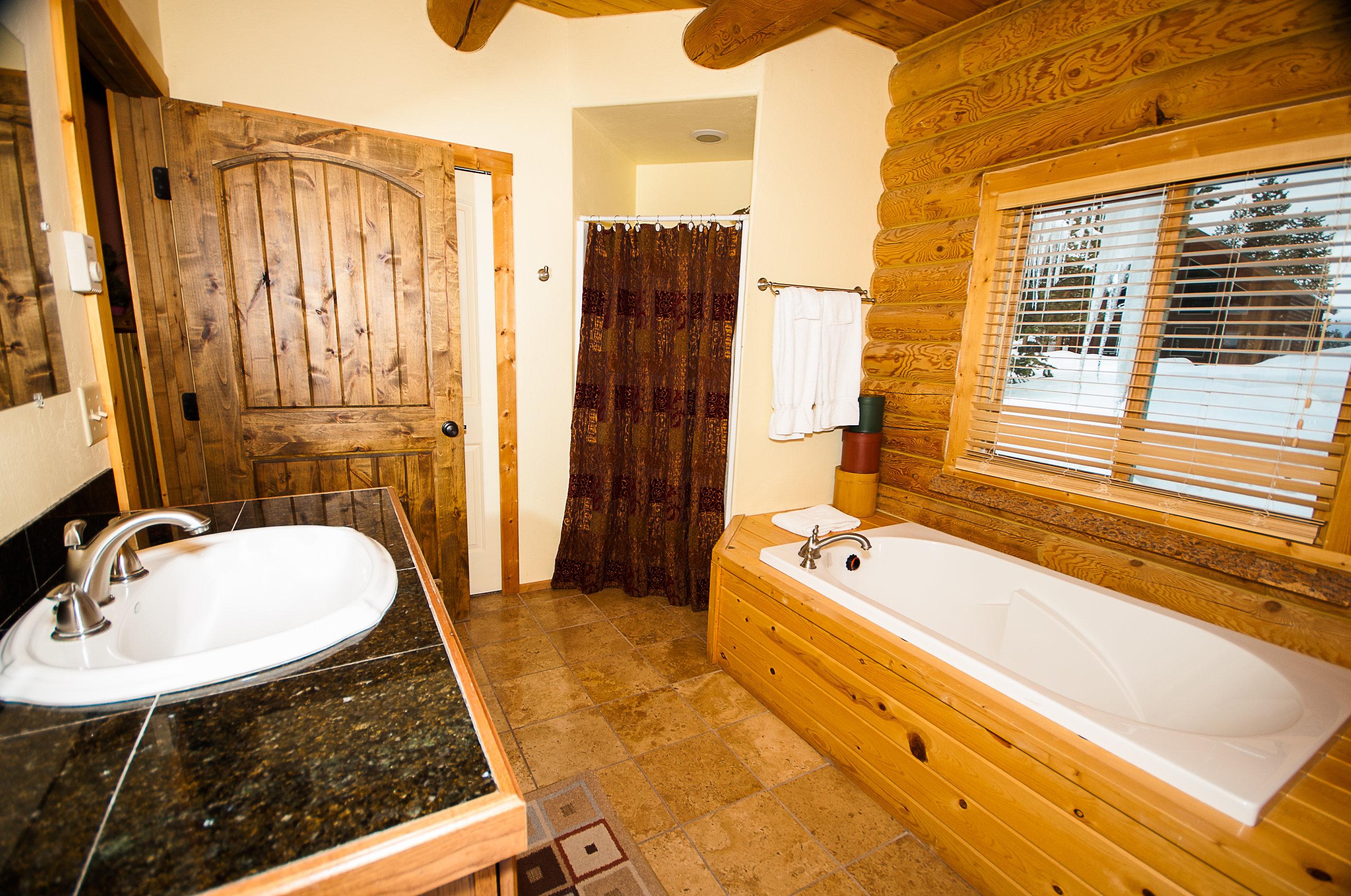 9. C21 King Suite Bathroom 1