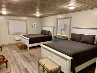 6-4bedroom1