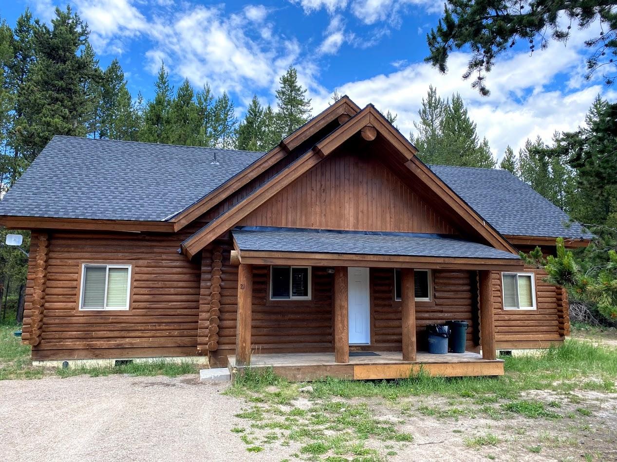 21.Cabin